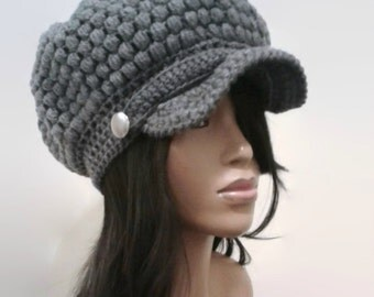 MADE TO ORDER Heather Gray/ Grey puff stitch Newsboy Hat/ Beanie w brim/strap/ silver button/free matching crochet earrings (not pictured)