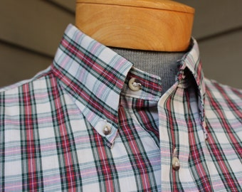 vintage 1970s -SERO 'Superfine'- Men's short sleeve shirt. Button down collar - Mini tartan style plaid - Nor'Easter. Large
