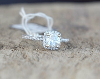 0.9 carat white sapphire, white gold, diamonds halo engagement ring  WY1