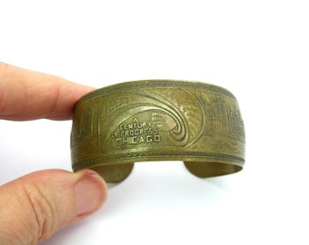 Art Deco Bracelet. Chicago Worlds Fair 1933 Century of Progress. Vintage Brass Metal Souvenir Cuff. 1930s Art Deco Jewelry