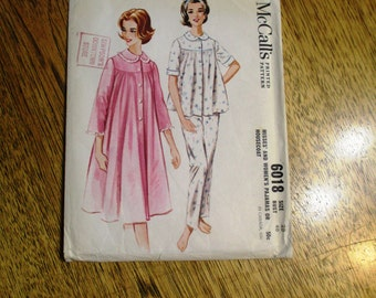 "Mid Century Modern Muu Muu Nightgown, Pajama Pants & House Coat / Robe - PLUS Size 20 (Bust 40"") - UNCUT Vintage Sewing Pattern McCalls 6018"