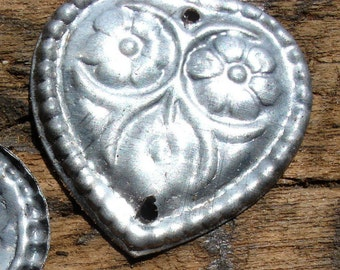10  x Turkoman style very tarnished metal heart discs with two holes