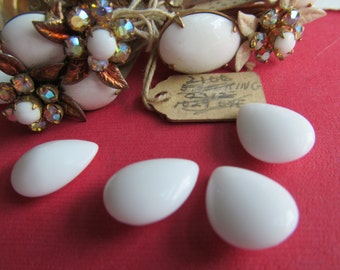 12 Vintage Western Germany  White Milk Glass Round Back Cabochons
