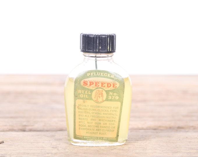 Vintage Pflueger Speede Reel Oil No. 379 Gun Oil / Antique Gun Oil / Hunting Decor / Camping Decorations / Old Fishing Decor / Outdoor Decor