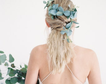 Eucalyptus Leaf Floral Comb
