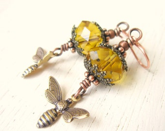 Honey Bee Earrings. Honey Bee Jewelry.Faceted Crystal Amber Earrings. Honey Amber Glass Dangle Earrings. Amber Jewelry. Honey Bee Jewelry