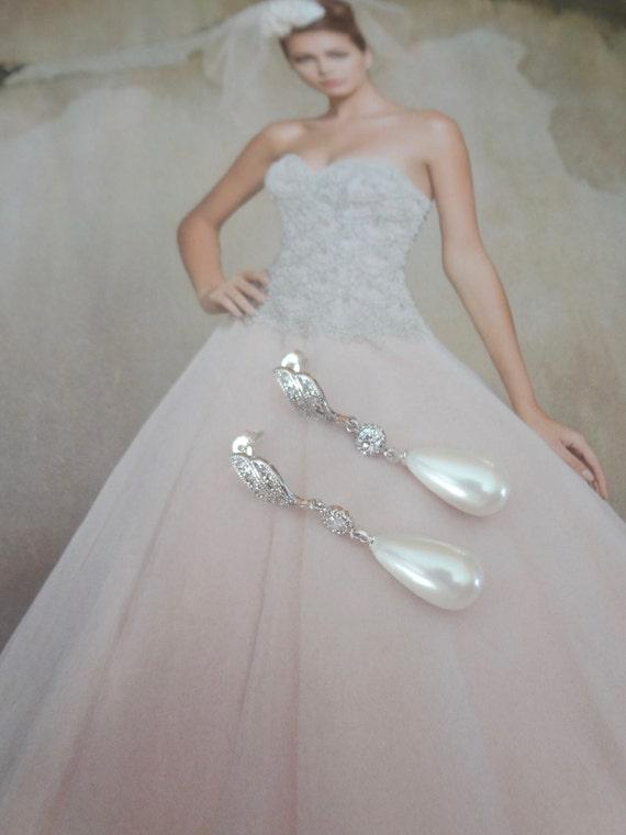 Pearl drop Earrings ~ Long ~ Brides pearl earrings  ~ Sterling Silver posts ~ Formal ~ Elegant Bridal Jewelry ~ Bridesmaids ~ Gift