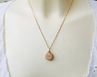 Peach Druzy Necklace. Gold-filled Wire Wrapped Geode Druzy Agate Pendant. Modern Solitaire Necklace. Drusy Quartz Jewelry. Holiday Gift