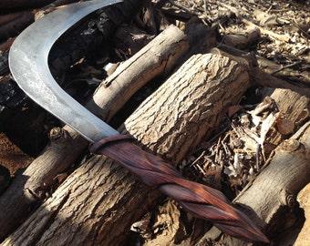 The Howlers Scythe – Sevros Blade
