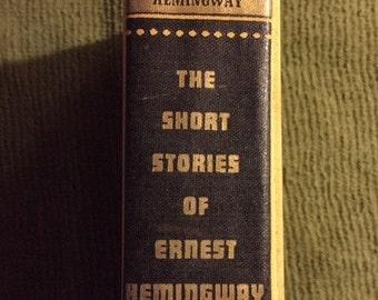 The Short Stories of Ernest Hemingway, Vintage Book -- VK389
