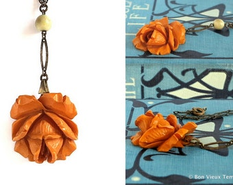 Vintage Carved Bakelite Rose Necklace Art Deco Chain Orange Butterscotch Flower Charm Germany Lariat Necklace