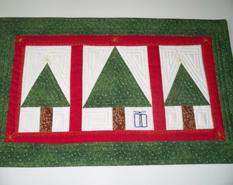 Christmas  Table runner  -  Quilted and Embroidered -  Handcrafted Table Topper - Christmas Trees