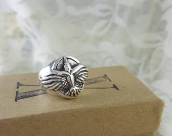 Raven Ring in sterling silver, silver raven ring, raven biker ring, heavy raven ring, crow ring silver, raven statement ring, silver crow