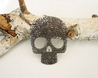 Steampunk Skull Necklace, Vintage Textured Metal Skull, Large Skeleton Necklace, Holloween Jewelry.