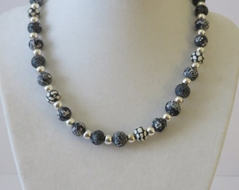 Vintage Round Print Beaded Necklace