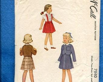 Vintage 1940's McCalls 7840 Mid Century Girl's Preschool Pleated Skirt Blouse & Jacket Size 2