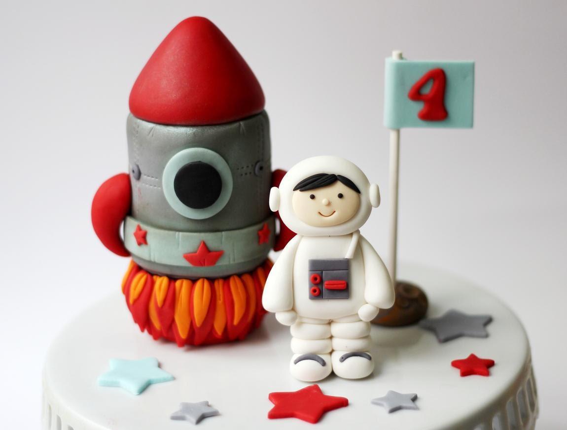 Fondant Rocket Ship And Astronaut Cake Topper Set Fondant - Astronaut decorations