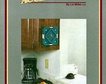 Timely Accessories Clock & Note Holder by Liz Miller Macrame Pattern   Pamphlet S2553B III