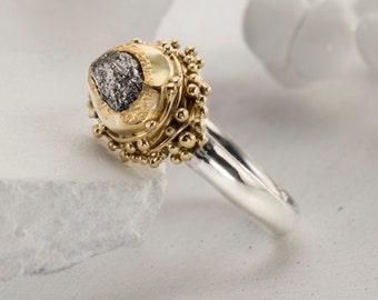 2.24 karat Rough Diamond engagement Ring Gold, 22k Yellow Gold ring, Raw Diamond Ring, Rough Diamond Gold, Uncut diamond ring, size 6.2
