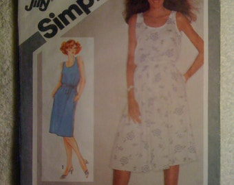Misses Jiffy Pullover Dress with Slim or Full Skirt Simplicity Sewing Pattern 9896 80s Size 14