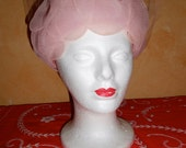 True vintage 1950s  Bullocks Wilshire Wynshire Millinery Ladies Pretty Pink Hat with Netting