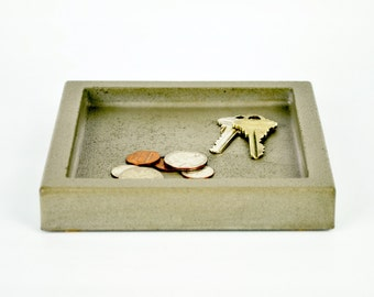 SALE : Concrete Valet Tray / Coin Tray / Catchall Tray / Key Tray