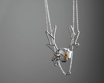 Antlers and flowers  . Deer antlers gemstone necklace. Statement necklace. Boho jewelry. Bohemian jewelry. Raw quartz citrine necklace