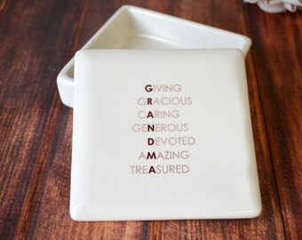 Grandma Gift - SHIPS FAST  - GRANDMA -  Giving, Gracious, Caring, Generous, Devoted, Amazing, Treasured - Square Keepsake Box