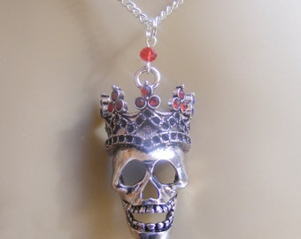 Skull Pendant, Skull Necklace, Halloween Jewelry, Halloween Necklace, Goth Jewelry, Skeleton Jewelry, Goth Jewellery, Skeleton Necklace,