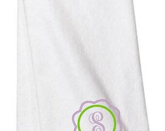Monogrammed Gifts, Monogrammed Towels, Hand Towel, Flower Monogram, Bathroom, Personalized Towels, Housewarming Gift, Embroidered Towels