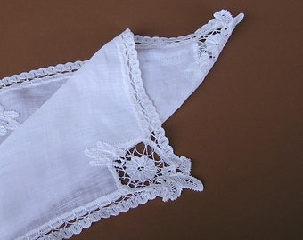Vintage White Battenburg Lace Hanky . Wedding Handkerchief . Tape Lace Hanky