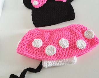 Minnie Mouse Outfit, Baby girl Halloween Costume, Crochet Minnie Mouse Hat, Newborn Halloween Costume, Photo Prop, Minnie Mouse Beanie