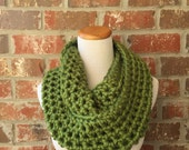 Chunky Green Scarf - Infinity Scarf - Green Knit Scarf - Green Crochet Scarf - Chunky Infinity Scarf - Chunky Snood - Chunky Knit Scarf