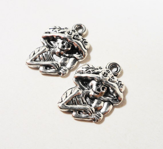 10pcs Silver Skeleton Charms 20x13mm Antique Silver Skeleton Pendants, Day of the Dead Charm, Mariachi Charms, Halloween Charms Metal Charms
