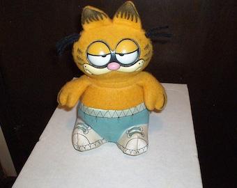 Vintage Pull String Talking Garfield Stuffed Toy