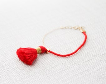 Tassel Bracelet, Red Tassel Bracelet, Gold Filled Chain, Thread Bracelet, Friendship Bracelet, Gold and Red Bracelet, Woven Bracelet