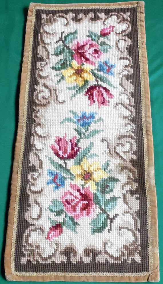 Vintage table runner tapestry Handmade Picture Roses Floral