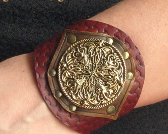 Medieval Renaissance Fantasy Leather Dragons Cuff Bracelet Fashion Tooled Design