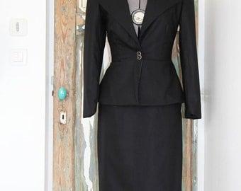 Women tailored suit, two piece women outfit, peplum jacket, pencil skirt, black jacket, womens suit, black skirt suit, business suit