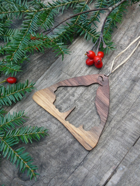 Natural wood Christmas ornament-Gingko leaf ornament-Eco Christmas-Green christmas-Rustic holiday decor-Natural home christmas-hand crafted