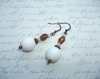 White and amber brown glass beads