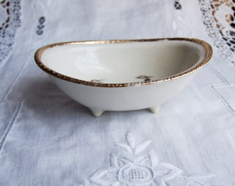 Early 1900s Italian white porcelaine beauty jewels ring candy trinket soap dish/bowl holder with golden grapes and gold rim. Bath tube shape