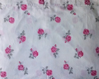 Pretty White & Pink Rose Floral Print Twin Single Size Flat Bed Sheet