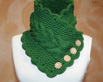 Knitted scarf collar. Green scarf. Warm scarf for women.