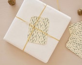 Set of 5 little cards / gift tags printed with a dark green pattern, for wrappings and little words