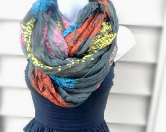 Infinity Scarf Womans Fashion Scarf Womans Accessories Finger print Wrinkled Shawl