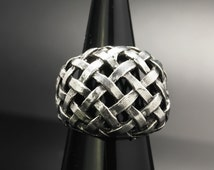 Woven pattern  Sterling Silver Ring Size 4 Vintage