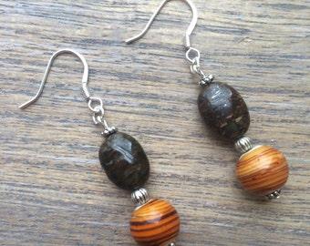 Dangle Earrings//Orange//Brown