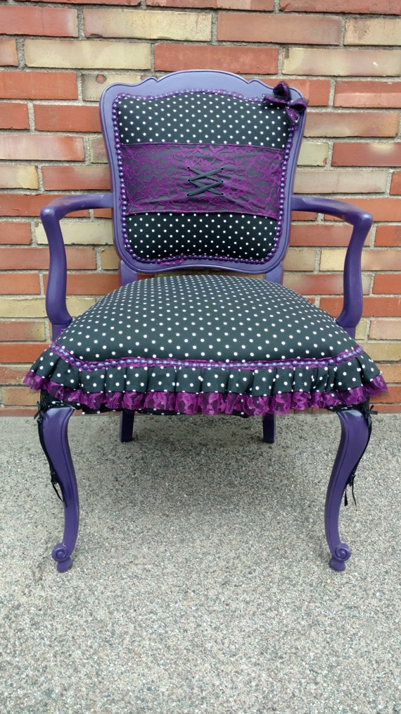 Rockabilly Style Accent Chair