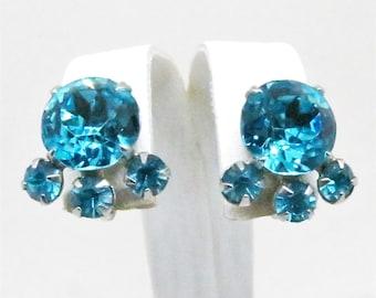 Blue Earrings - Vintage, Silver Tone, Brilliant, Aqua Blue Screw Back Earrings